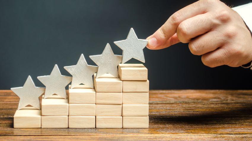 Crea engagement para que tu cliente compre y te recomiende